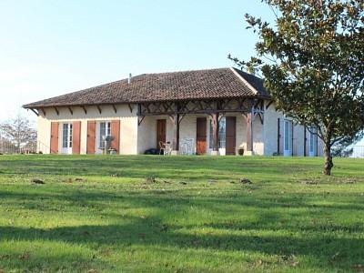 MAISON A VENDRE - LA REOLE - 177 m2 - 342000 €