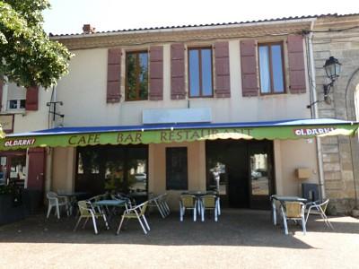 Maison de ville avec bar brasserie et appt A VENDRE - LANGON - 220,79 m2 - 115000 €