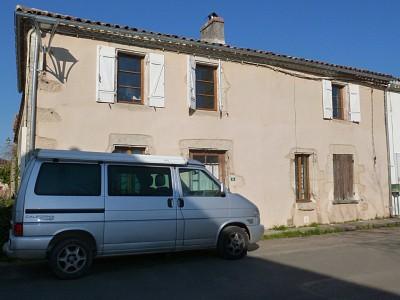 Maison 8 PIECES AVEC JARDIN ET DEPENDANCE A VENDRE - LANGON - 192 m2 - 212000 €