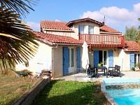 MAISON A VENDRE - MIELAN - 169 m2 - 221550 €
