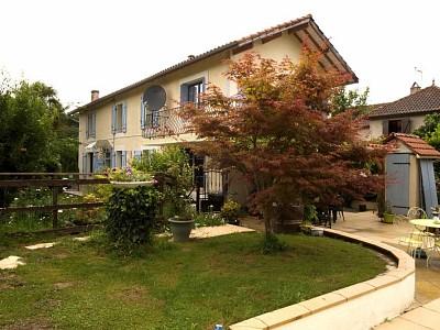 MAISON - MIELAN - 140 m2 - 225000 €