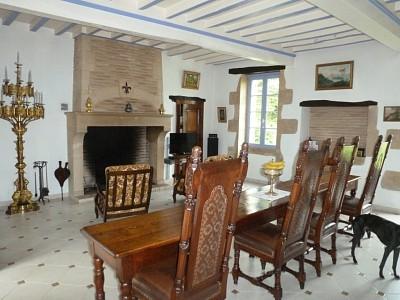 PROPRIETE A VENDRE - LANGON - 235 m2 - 667000 €